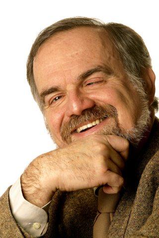 Italo Farnetani, il pediatra che con la SIP conferisce la bandiera verde