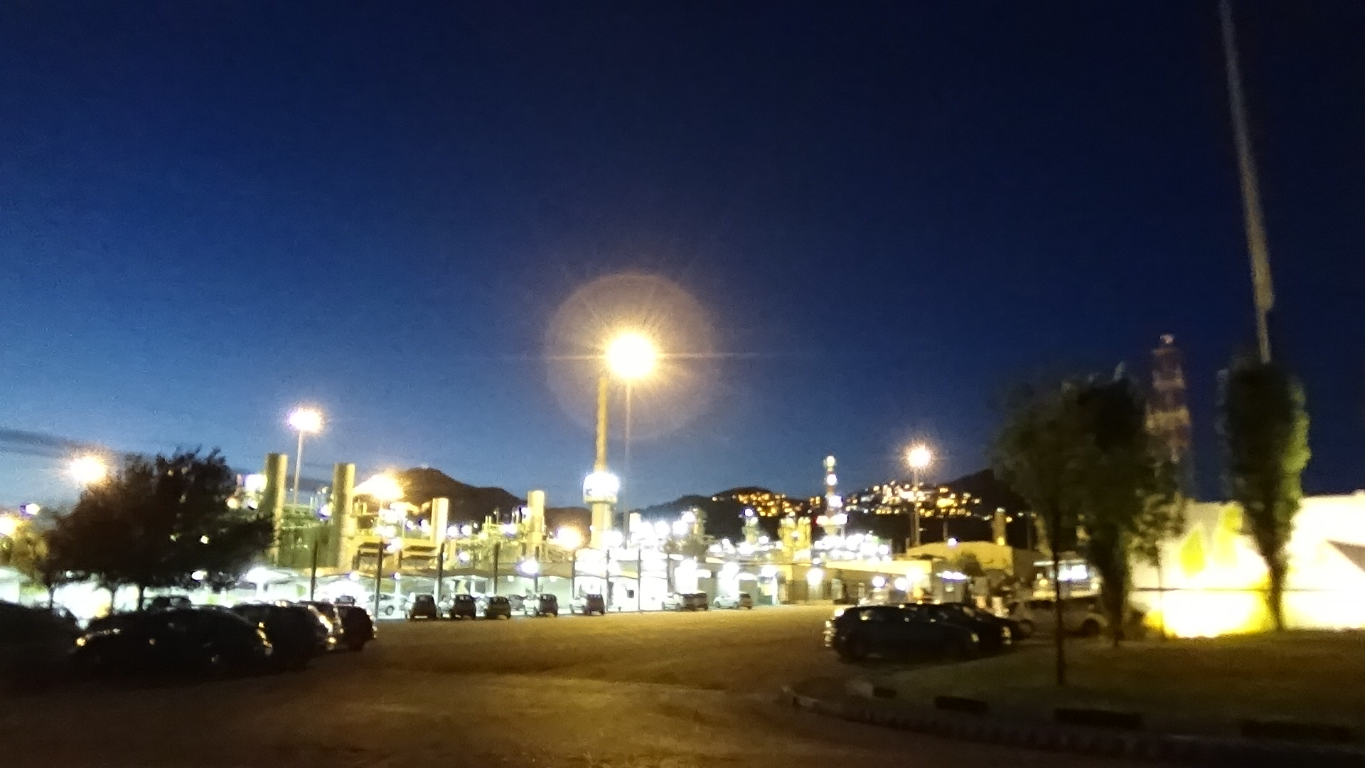 il Cova in notturna - ingresso principale - 2016