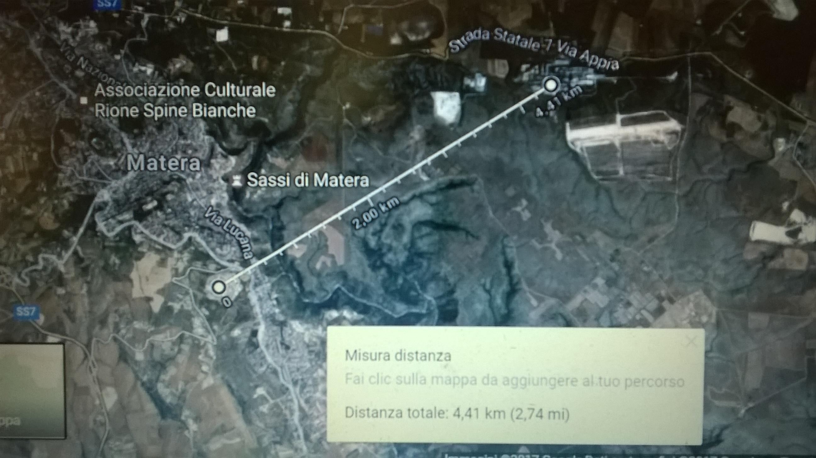 la distanza tra l'ospedale di Matera e l'Italcementi: 4,4 km